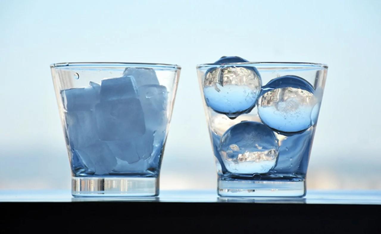 Прозрачный лед из морозилки